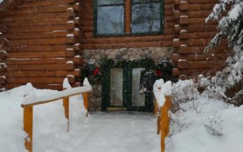 winter-hours-walkway
